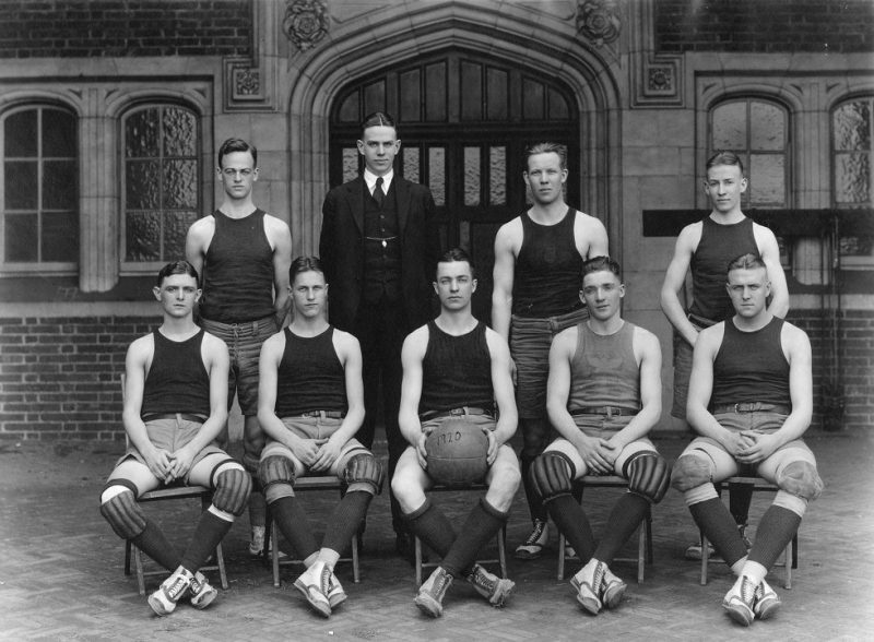Basketball team, 1920