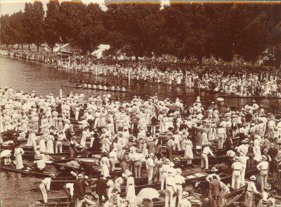Men's eight-oar shell on the Thames, Henley Regatta, 1901