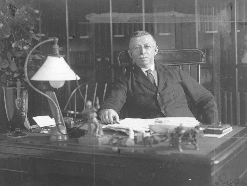 Edgar Fahs Smith, 1911