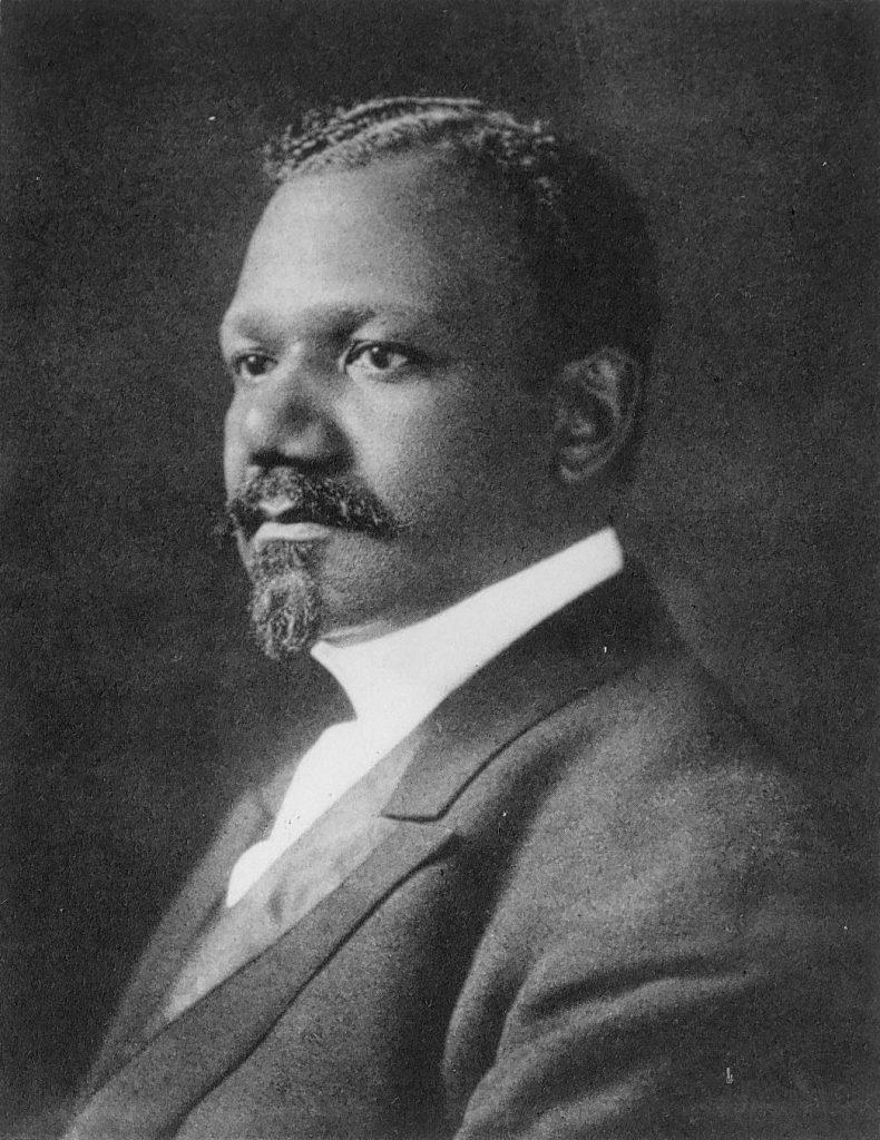 Lewis Baxter Moore, c. 1900