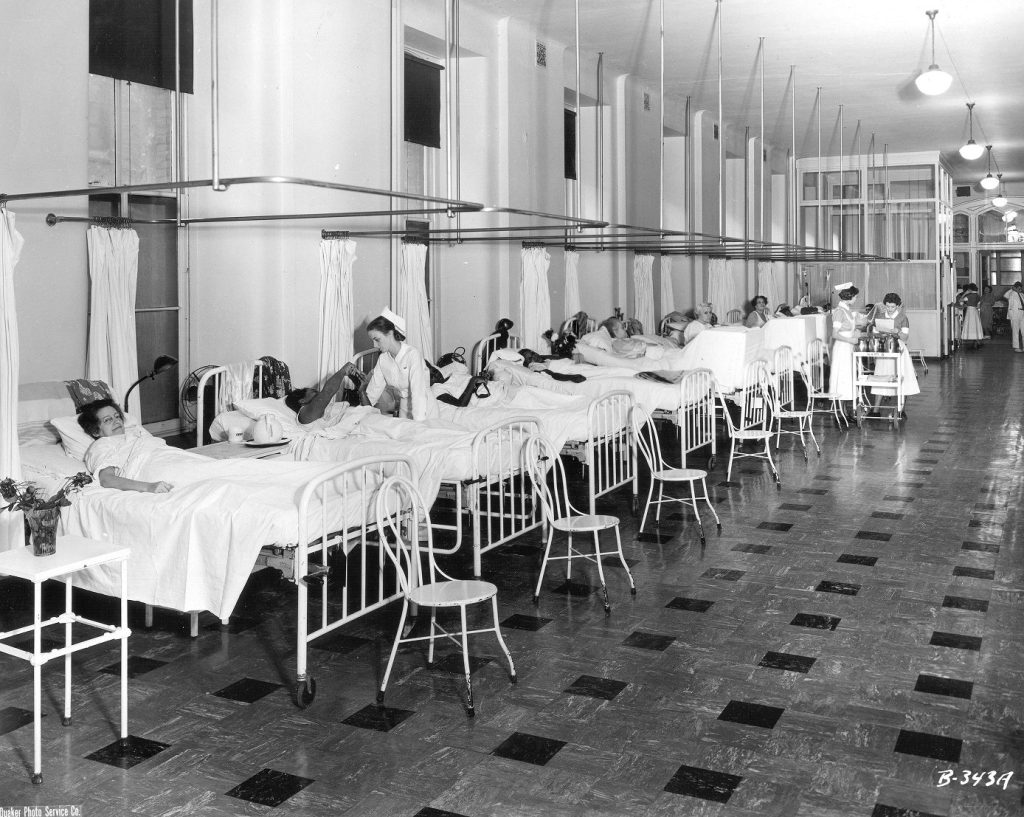 Hospital of the University of Pennsylvania, ward, c. 1950