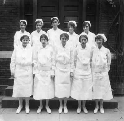 Nursing Class of 1927, honors graduates, 1927