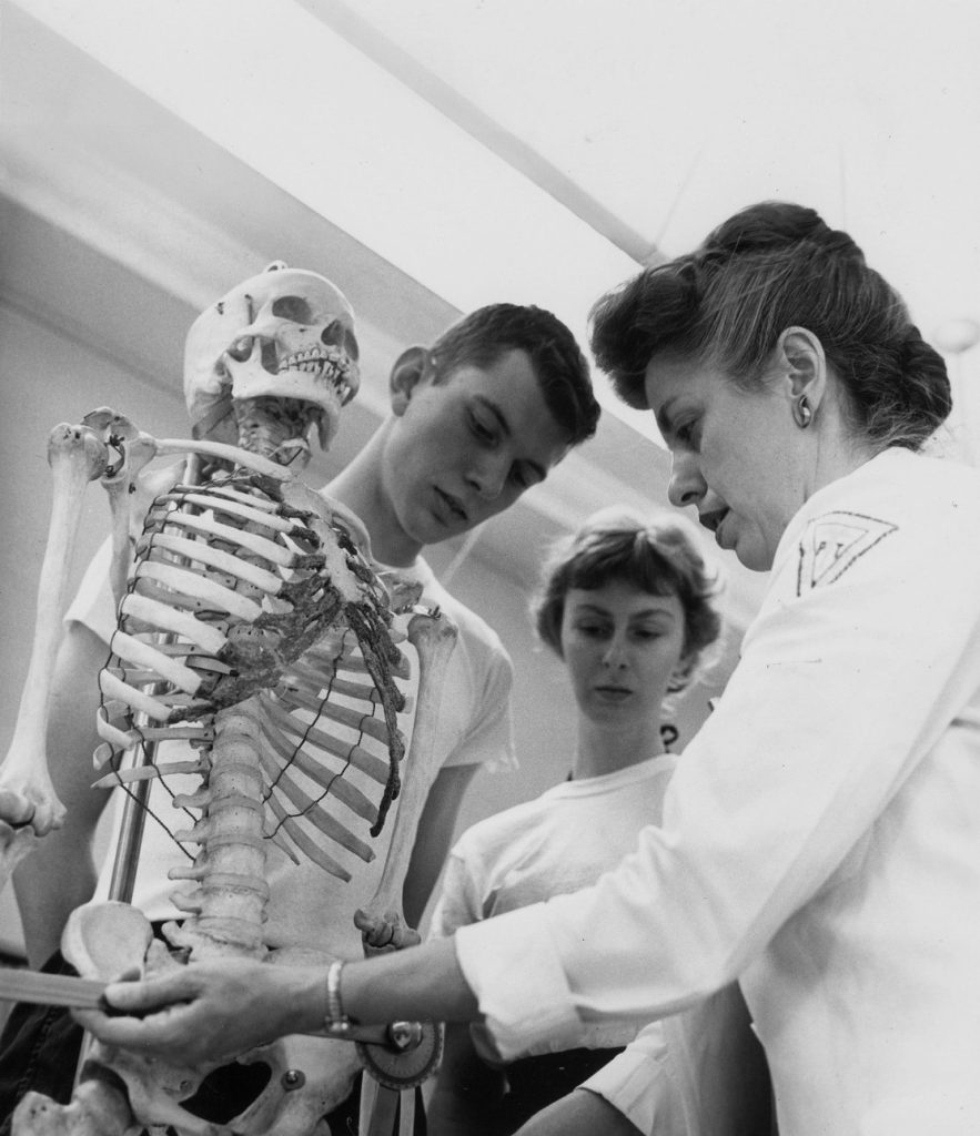 School of Allied Medical Professions, instructor and students, 1962
