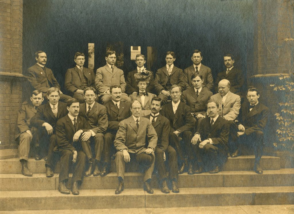 Department of Physics, staff and graduate students, c. 1906