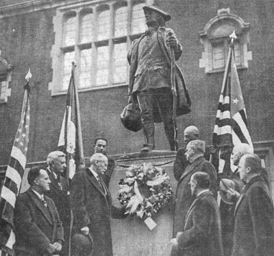 Statue of Young Benjamin Franklin by R. Tait McKenzie, dedication ceremony, 1914