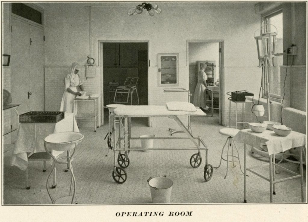 Howard Hospital operating room, 1914
