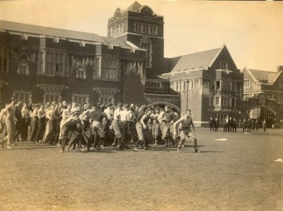 Bowl fight, 1908