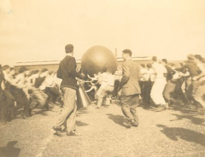 Push Ball Fight, 1908