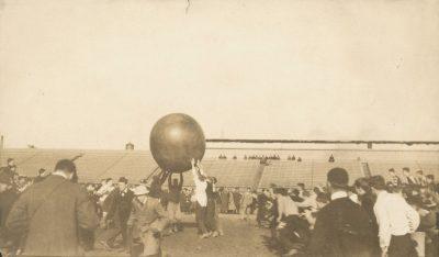 Push Ball Fight, 1911