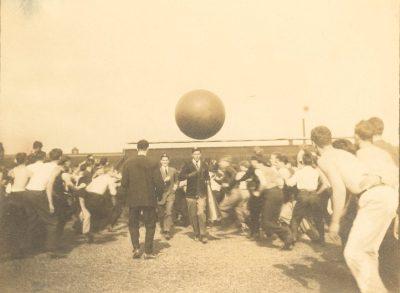 Push Ball Fight, Photo 3, 1908