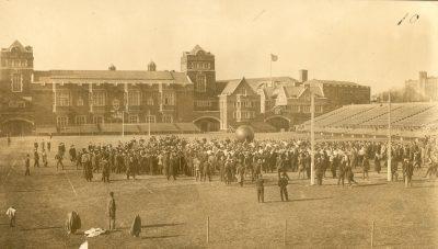 Push Ball Fight, Photo 1, 1909