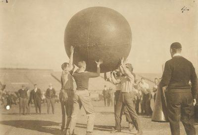 Push Ball Fight, Photo 2, 1909