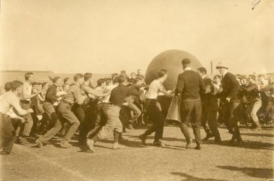 Push Ball Fight, Photo 3, 1909