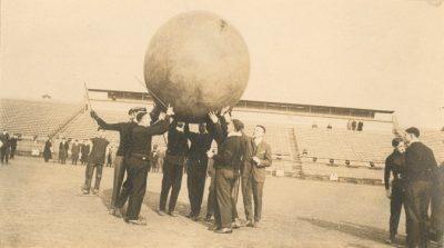 Push Ball Fight, Photo 1, 1912