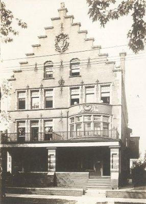 Alpha Tau Omega, Tau chapter fraternity house, 1923