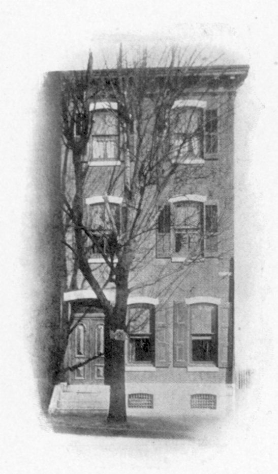 Beta Theta Pi, Phi chapter fraternity house, 1907