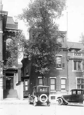 Kappa Alpha Society, Beta Chapter fraternity house, 3537 Locust Street, 1923