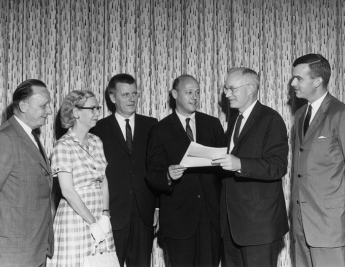 Remington-Rand Univac check presentation, 1962