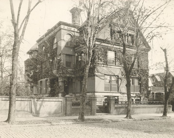 Sigma Chi, Phi Phi chapter fraternity house, 1927