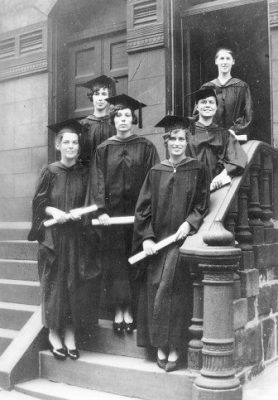 Women graduates, in front of Kappa Kappa Gamma fraternity house at 3323 Walnut St., 1930