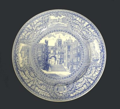 Wedgwood dinner plate, Quadrangle Archway and Steps, 1929